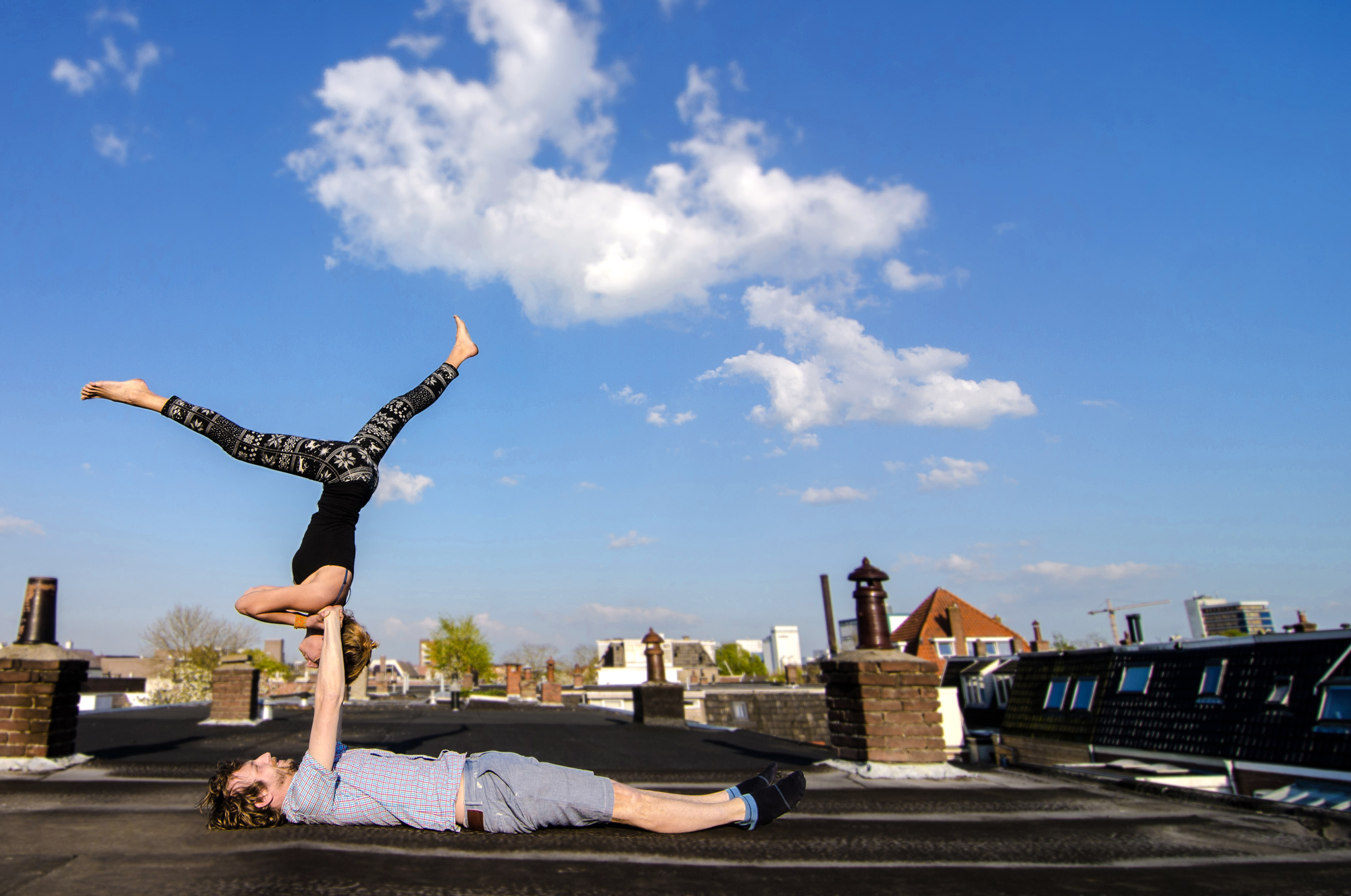 Agi-and-Flo-Slackline-yoga-and-more2